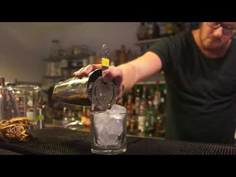 How to make a sour cocktail : MIXOLOGY GROUP presents Amaretto 'Butterfly' Sour