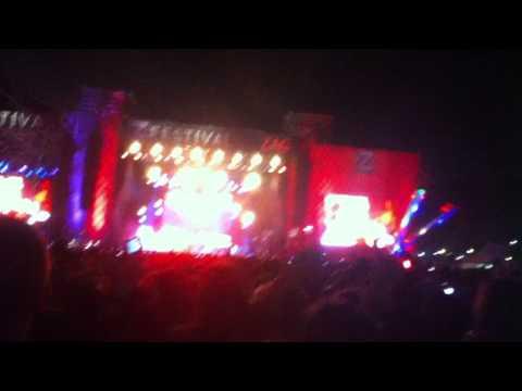 McFLY - No Worries Live @ Z Festival 2012 (São Paulo/Brazil) thumbnail