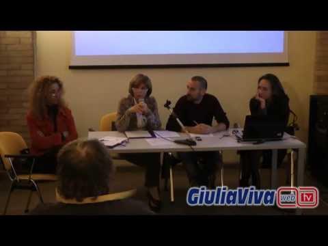 Conferenza stampa delegati quartiere Giulianova Paese sala Sottobelvedere 22 ottobre 2013