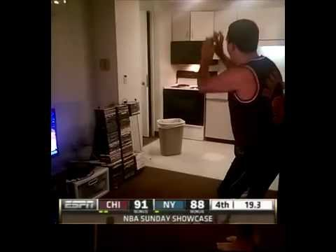 CHICAGO BULLS GAME TYING 3!!! NBA ON ESPN!!!
