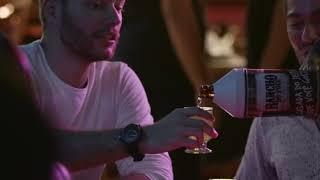 Devinho Novais e Wesley Safadão alô dono do bar