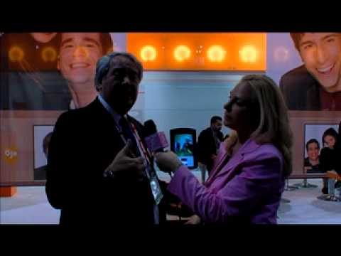 Dr. Nat at CES - Ojo- BEST VIDEO PHONE EVER