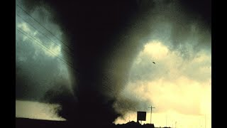 Student records Tornado Passing through Louisiana Tech Campus 4/24/19