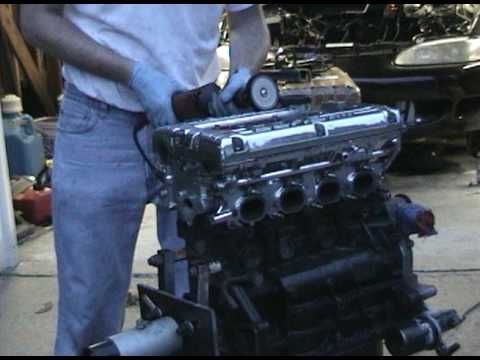 Polishing a 2g GSX 4g63 Turbo cylinder head & manifold