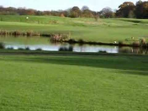 Worsley Park Hole Eight, Par 4, Second Shot