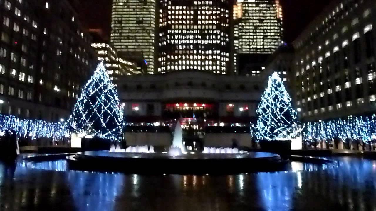 Canary Wharf London Christmas Tree Lights In The Rain December 2011 Youtube