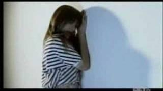Rihanna - Cry