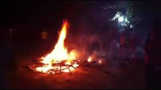 Đốt lửa trại tại Quang Huy
