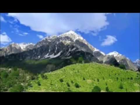 Pashto..pukhto poet:khatir Afridi singer:sardar Ali Takker........ video
