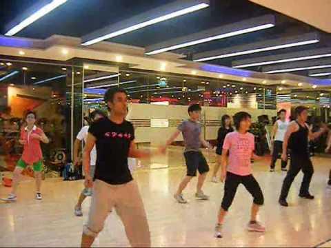 Dance Bailalo – Kat Deluna @ CFC Ekamai – 28 Apr.09