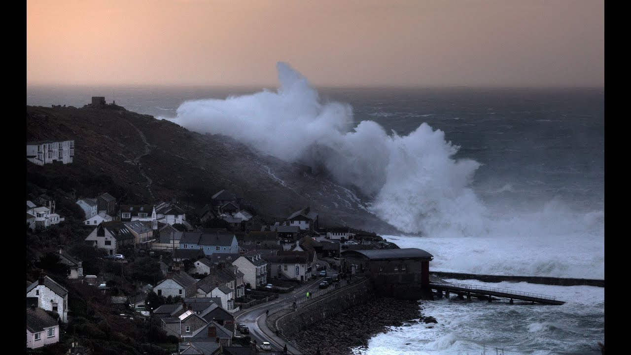 Images Cornwall Storm Cornwall Huge Winter Storm