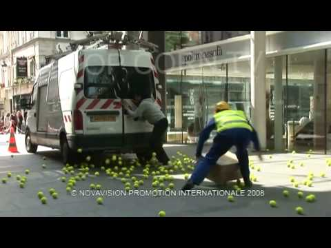 Hidden Camera  : Tennis Balls