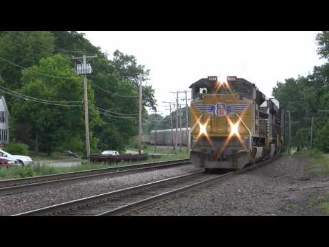 UP SD70ACe 8444 on AYMO - Shirley, MA - 5/29/10