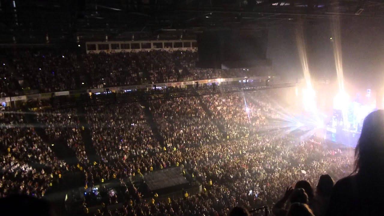 One Directio... Niall Horan Tour