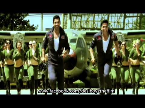 Akshay Kumar Dances His Heart Out - Desi Boyz