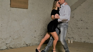 Kizomba sensual 2017 - demo after intermediate class | Nadine & Martin