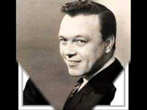Matt Monro - Strangers in the night
