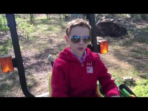 John Deere 1023E SubCompact Utility Tractor Review