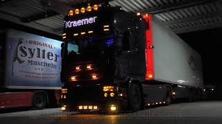 "SCANIA V8 Topline ""Mr Monk"" - Kraemer Transporten - Open Pipe Sound"