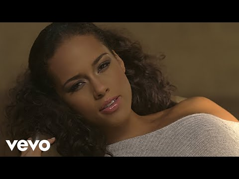 Alicia Keys - No One klip izle