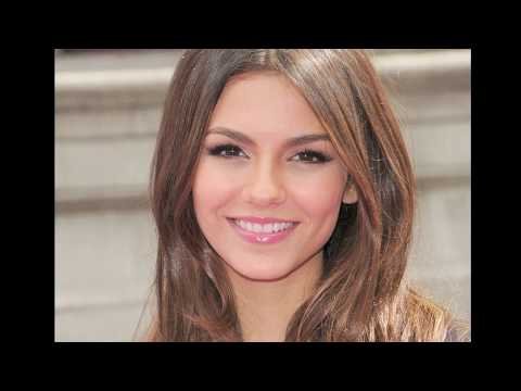 Victoria Justice Hacked Nakked Pictures | Uncensored