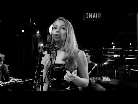 James Arthur - Naked (1 Mic, 1 Take Live Cover) (Emma Heesters & Rex Pearson at Hurtwood House)