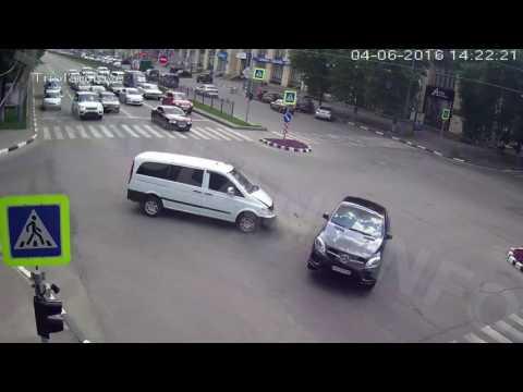 ДТП на перекрестке пр. Науки - ул. Бакулина (04-06-2016)