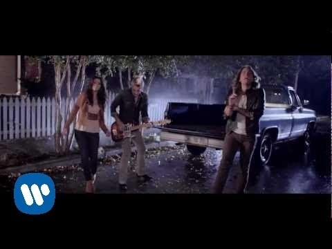 Gloriana - (Kissed You) Good Night (Official Video) Music Videos