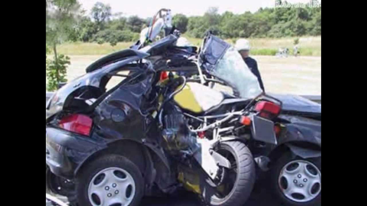 les accidents de la route moto voiture et camion youtube. Black Bedroom Furniture Sets. Home Design Ideas