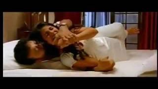 Njanum Ente Familyum - NJANUM ENTE FAMILYUM Malayalam Movie Song _Kumkuma Poovithalil [SD] _ Jayaram & Mamta,Mythili
