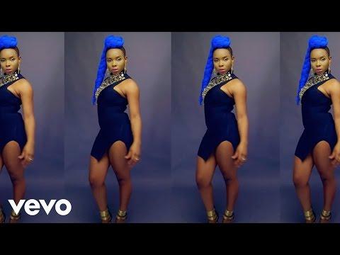 Yemi Alade - Pose