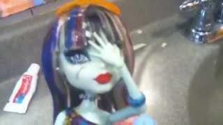 Watch Key Of Awesome Glitter Puke video