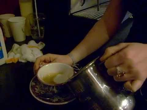 The Creation of the Perfect Cappucino at La Colombe Rittenhouse Sq..AVI
