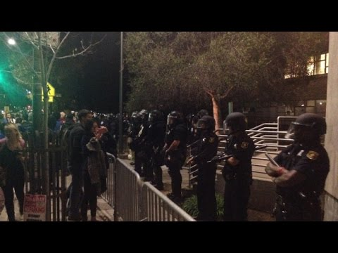 [WATCH]: 2nd Night Protests in California, Cops Use Tear Gas To Break Up Berkeley Protests