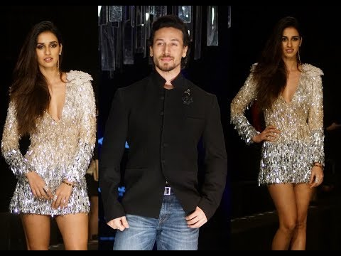 WOW! Tiger Shroff Trying To Protect Disha Patani During LFW Event