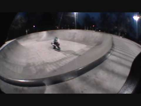 skating at valley