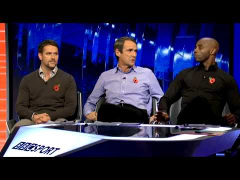 Alan Hansen ruins Michael Owen and Jason Roberts on MOTD2