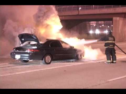 Chicago Fire Department Expressway Response Fully Involved Car Fire (I-57) Video