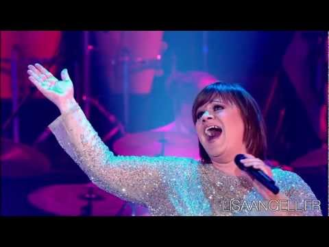 Lisa Angell chante Divines dans les Annes Bonheur