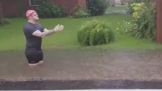 Man's Olympic Inspired Swim in Louisiana Flood Water