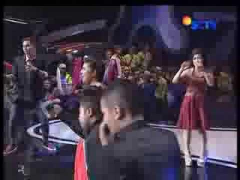 Cukup Sudah _ Zaskia Gotik Feat Resi (Live HUT Inbox)