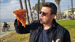 COMENDO UMA PIZZA NA PRAIA MAIS FAMOSA DO MUNDO - VENICE BEACH