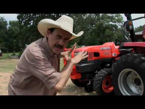 Mahindra 3535 Lifts John Deere and Kubota Tractors