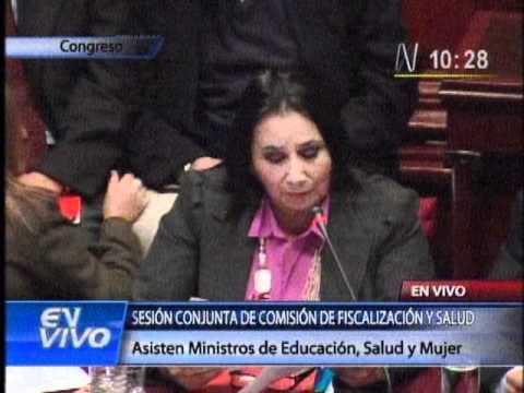 Escuche la defensa de la Ministra de la mujer al caso de intoxicación en Cajamarca