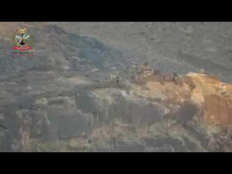 فيديو: شاهد شجاعة رجال الجيش الوطني أثناء اقتحام أحد مواقع الانقلابيين المحصنة في نهم