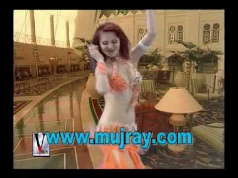Arabic Girls Dance On Indian Songs Naan Vaa video