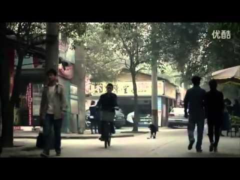 بالفيديو.. شركة فولكس فاغن تعرض سيارة على شكل -بيضة- تتحرك بدون عجلات وتطير بلا أجنحة