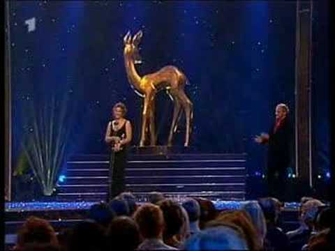 Sandra Bullock - Bambi Awards (german speech) Video