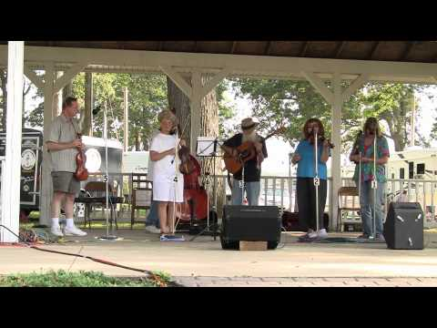 Ten Strike - Les Raber Tribute - Hillsdale Fiddler's Convention 2010 Video