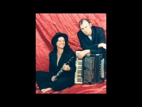 Irith Gabriely & Martin Wagner- Klarinettenmuckl